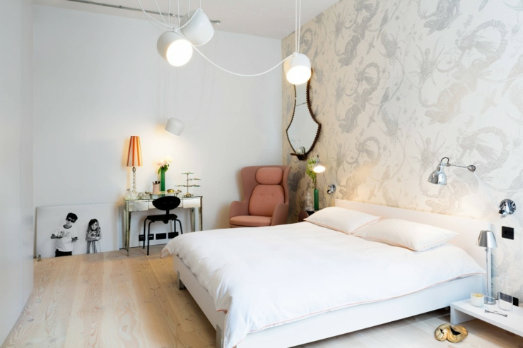 chambre spacieuse luxe simple