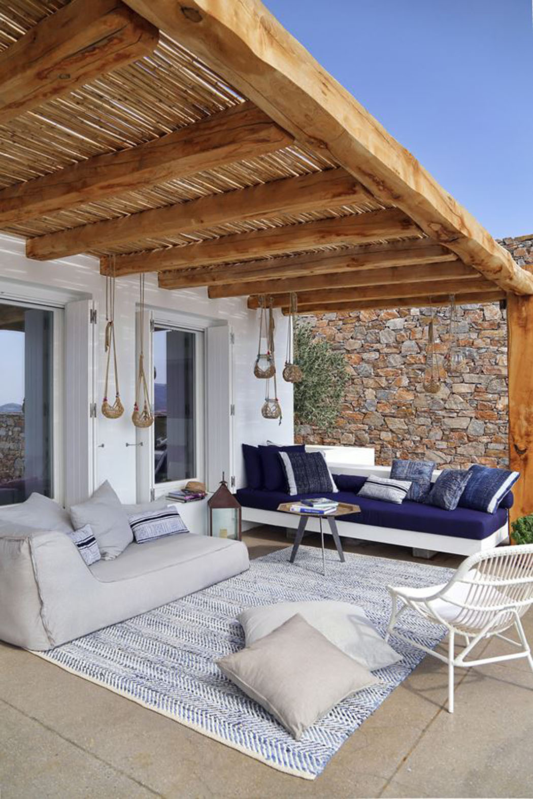 Villa de vacances en gr ce au design int rieur minimaliste - Residence de vacances gedney architecte ...