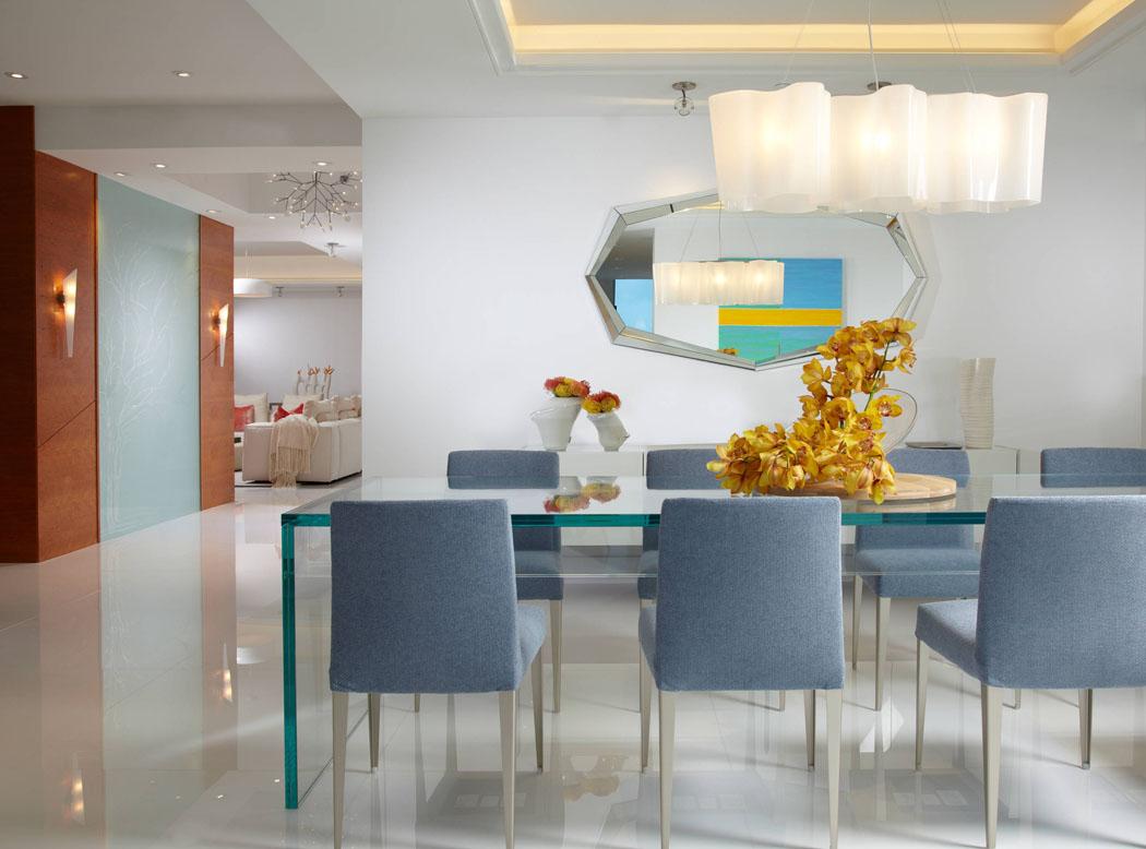 magnifique appartement luxueux de vacances situ en face de la plage miami. Black Bedroom Furniture Sets. Home Design Ideas