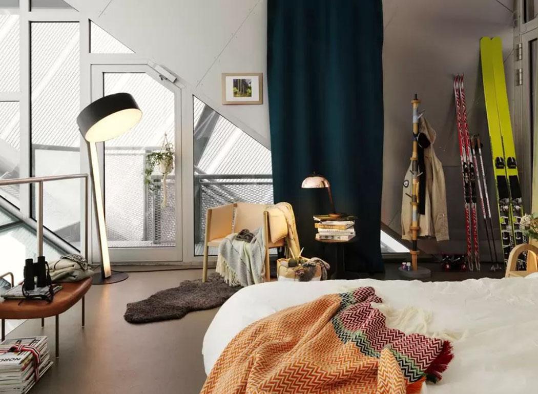 improvisation design pour cet appartement avec vue imprenable sur oslo vivons maison. Black Bedroom Furniture Sets. Home Design Ideas