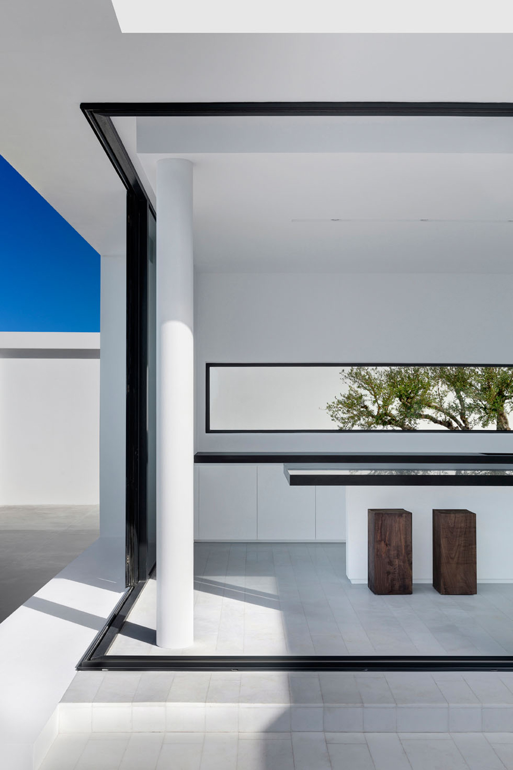 Magnifique villa contemporaine en gr ce avec vue for Exterieur villa design