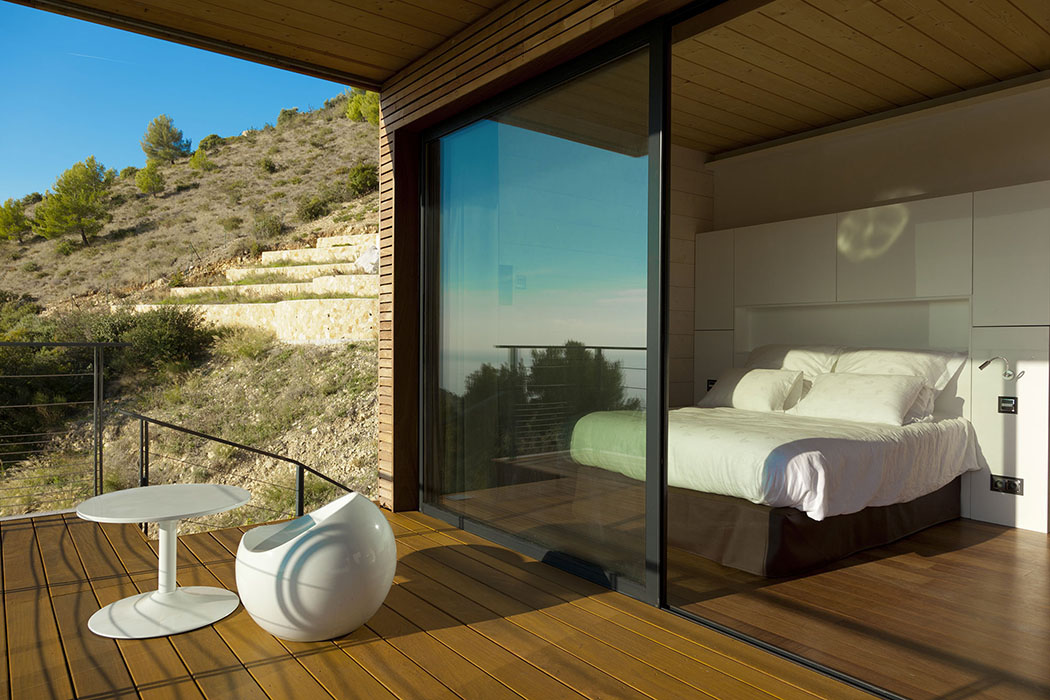 Moderne et originale maison d architecte monaco avec une magnifique vue vivons maison - Decoration maison minecraft interieur ...