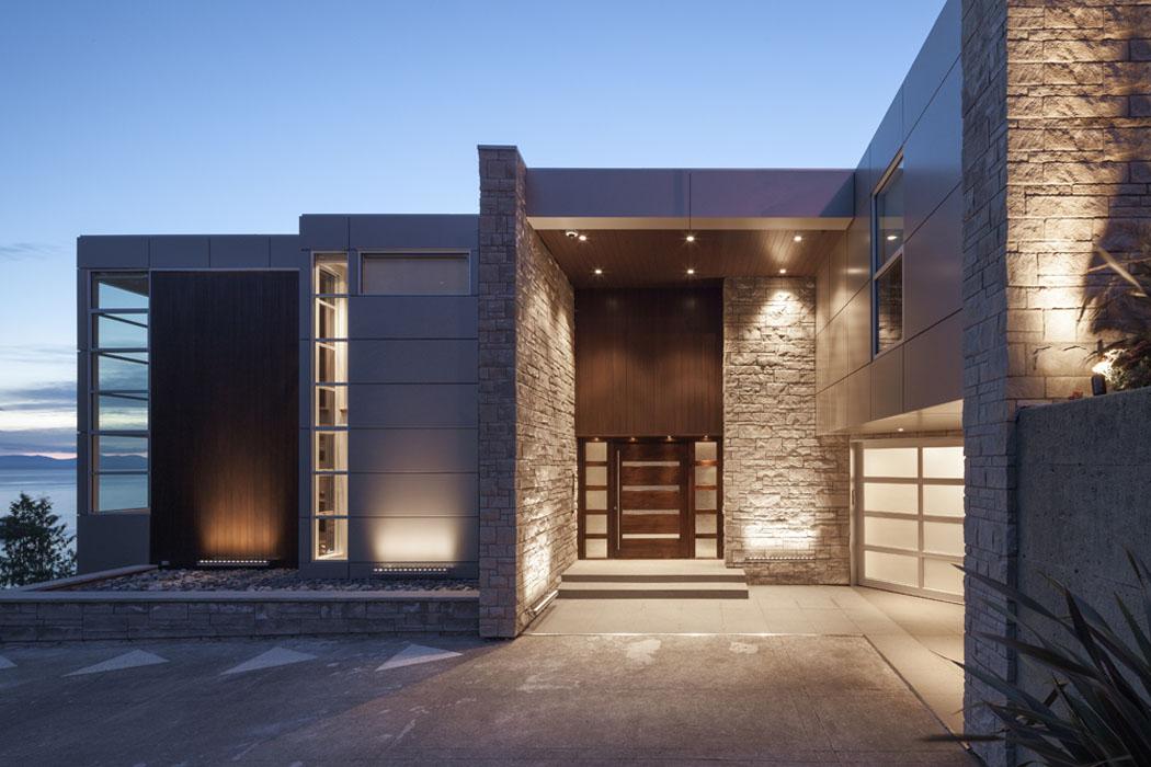 architecture moderne et clectique de cette ancienne maison r nov e reliant l exotisme et le. Black Bedroom Furniture Sets. Home Design Ideas