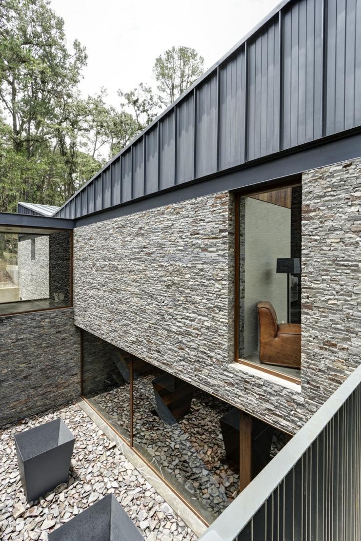 Deux maisons pour une seule belle demeure rustique - La demeure moderne gb house par mmeb architects ...