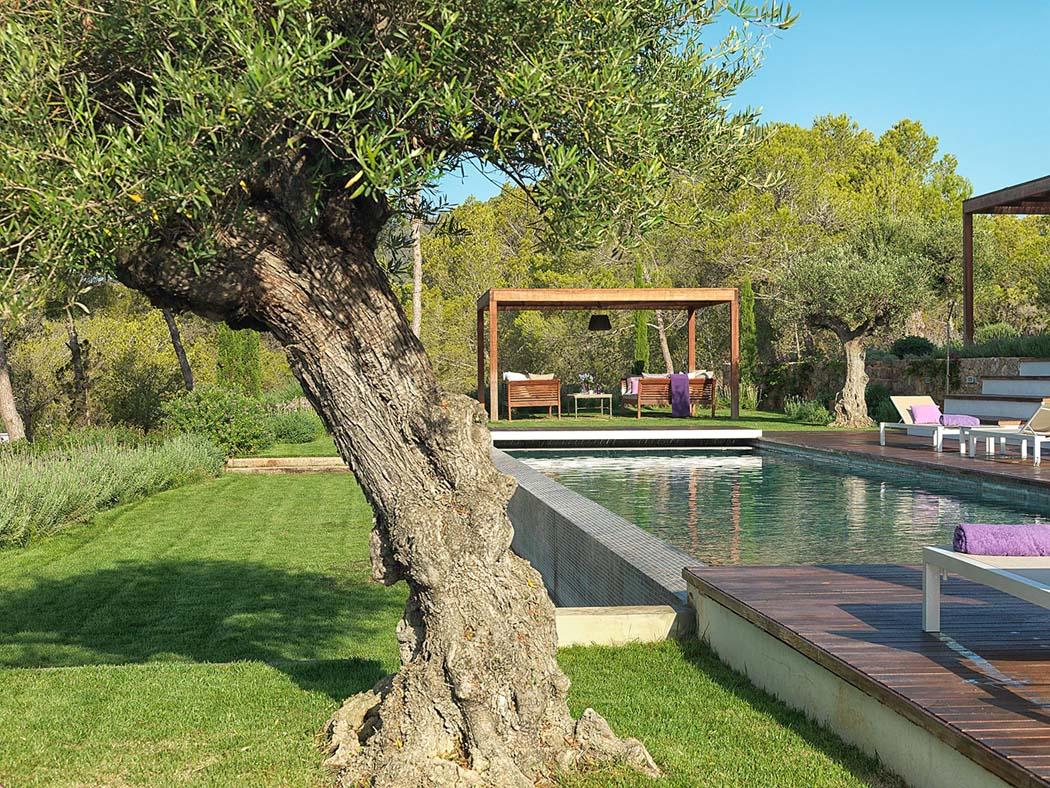 Salle de bain moderne petit espace for Barcelone architecture contemporaine