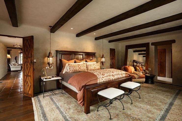Superbe maison rustique inspir e par le style mexicain - Deco chambre avec poutre apparente ...
