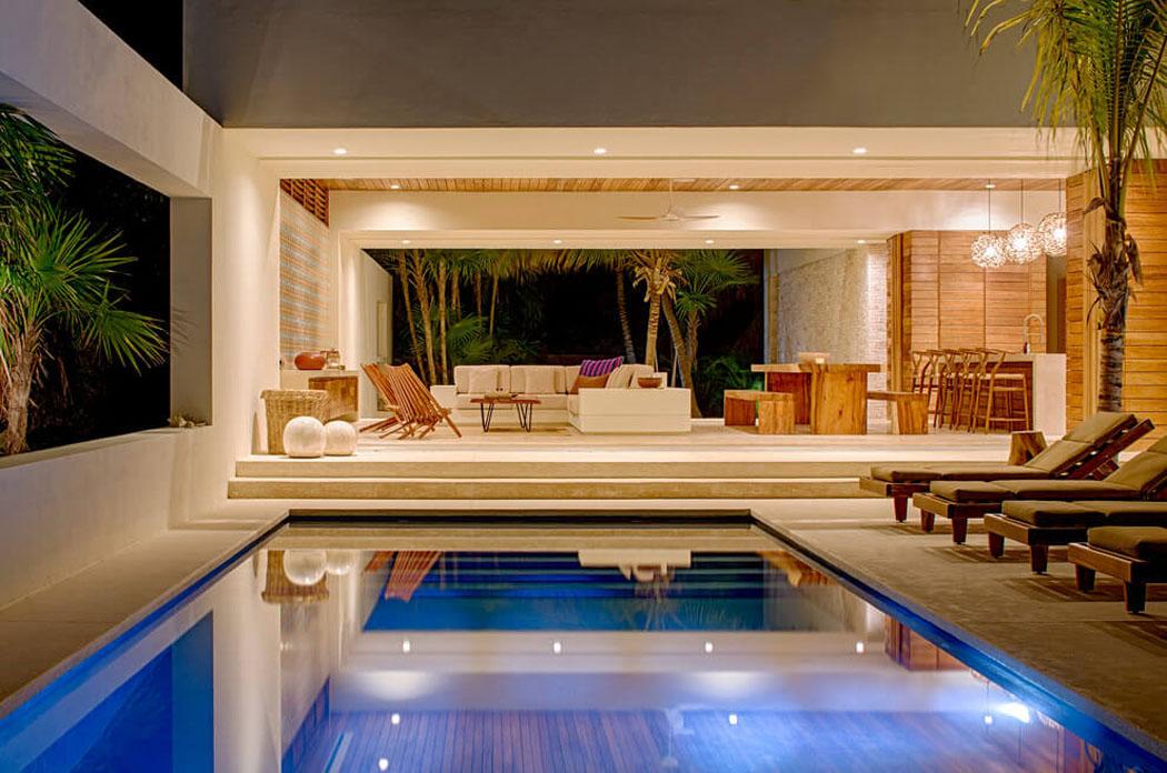 superbe villa contemporaine louer avec magnifique vue sur la c te mexicaine vivons maison. Black Bedroom Furniture Sets. Home Design Ideas