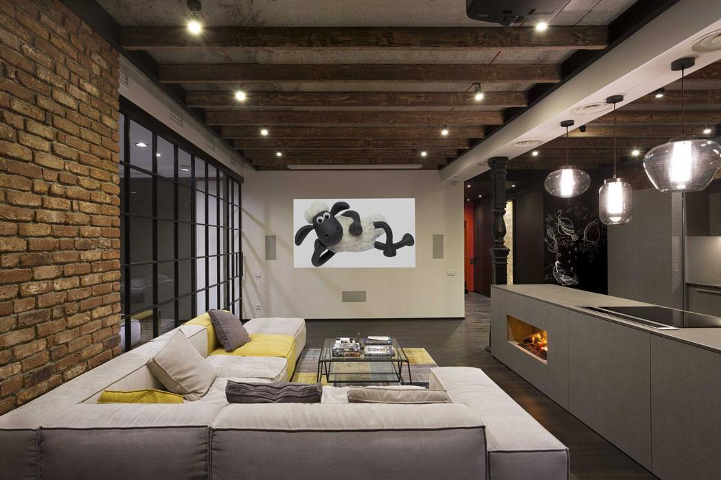 Luminaires au design épuré ameublement minimaliste pour ce logement de ville