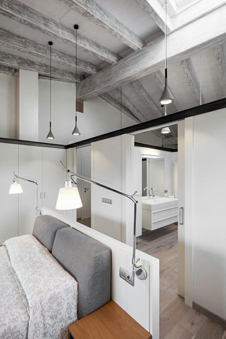 Demeure de charme totalement r nov e en espagne vivons for Chambre a coucher blanc design