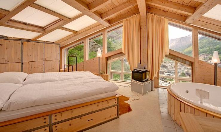 Ce chalet julien heinz zermatt une location de for Chambre avec jacuzzi suisse
