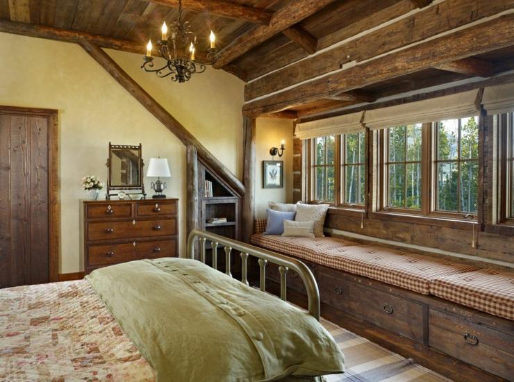 Maison rustique enti rement en bois au montana tats for Chambre sous comble sans fenetre