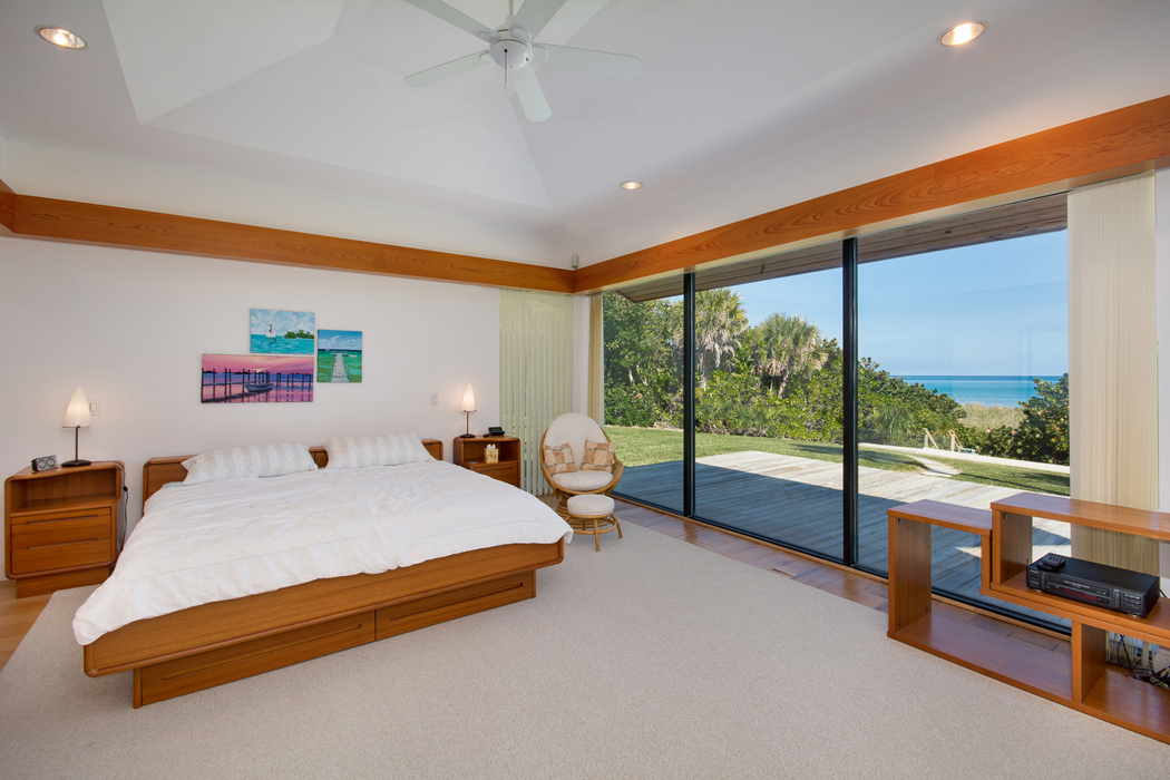 exotisme et luxe pour cette propri t de prestige situ e sur une le en floride vivons maison. Black Bedroom Furniture Sets. Home Design Ideas
