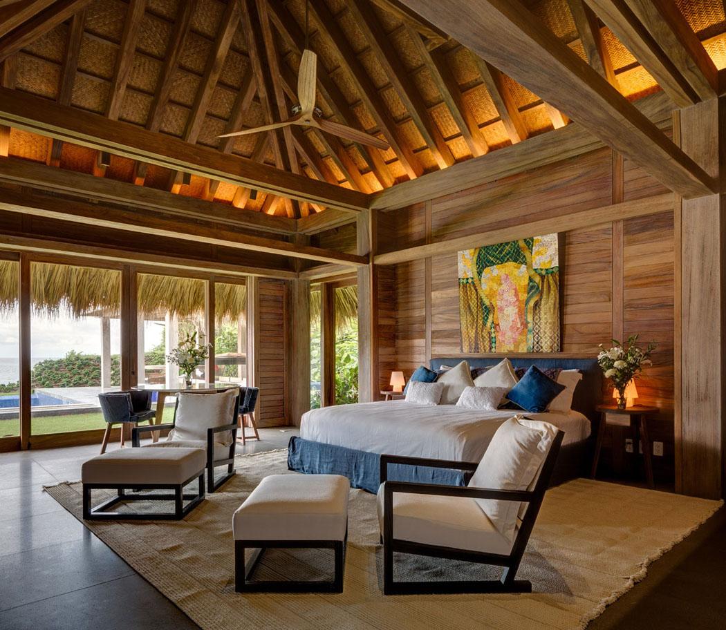Une Des Cinq Suites Dans Cette Maison Secondaire De Vacances Exotiques. Chambre  Déco Rustique Luxe