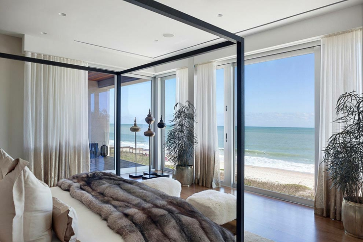 villa de r ve avec magnifique vue sur la mer en floride. Black Bedroom Furniture Sets. Home Design Ideas