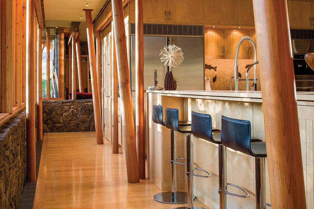 Moderne et accueillante maison en bois au c ur de la montagne de montana vivons maison - Comptoir cuisine americaine ...