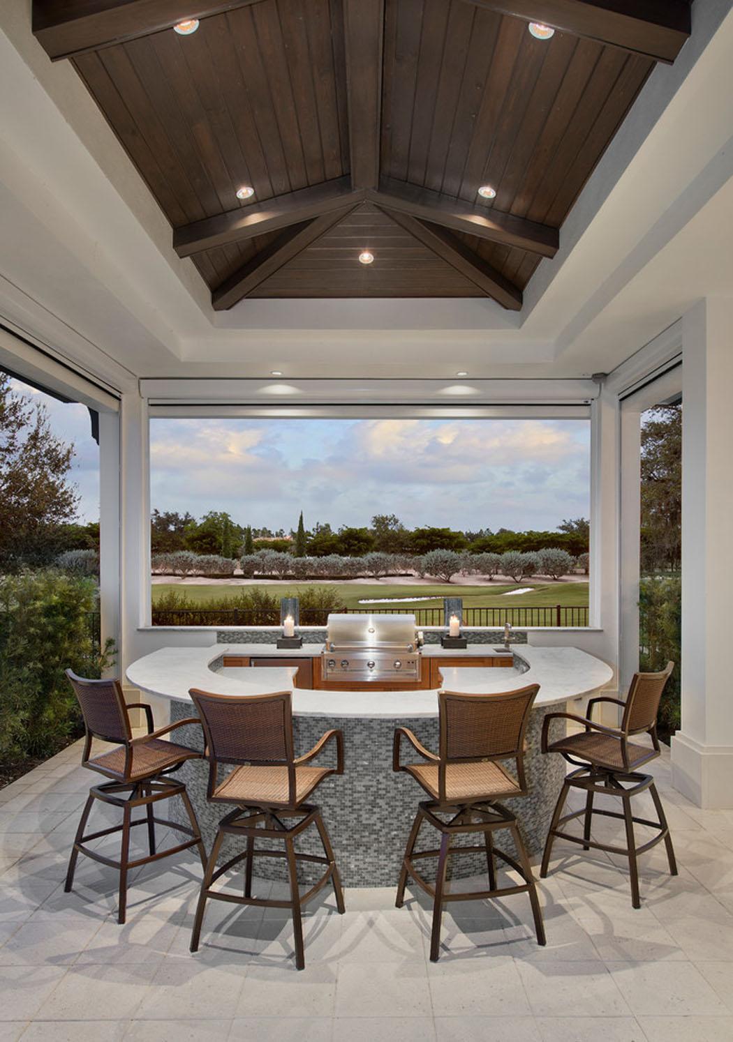 luxueuse villa de r ve pour des vacances de tout confort. Black Bedroom Furniture Sets. Home Design Ideas