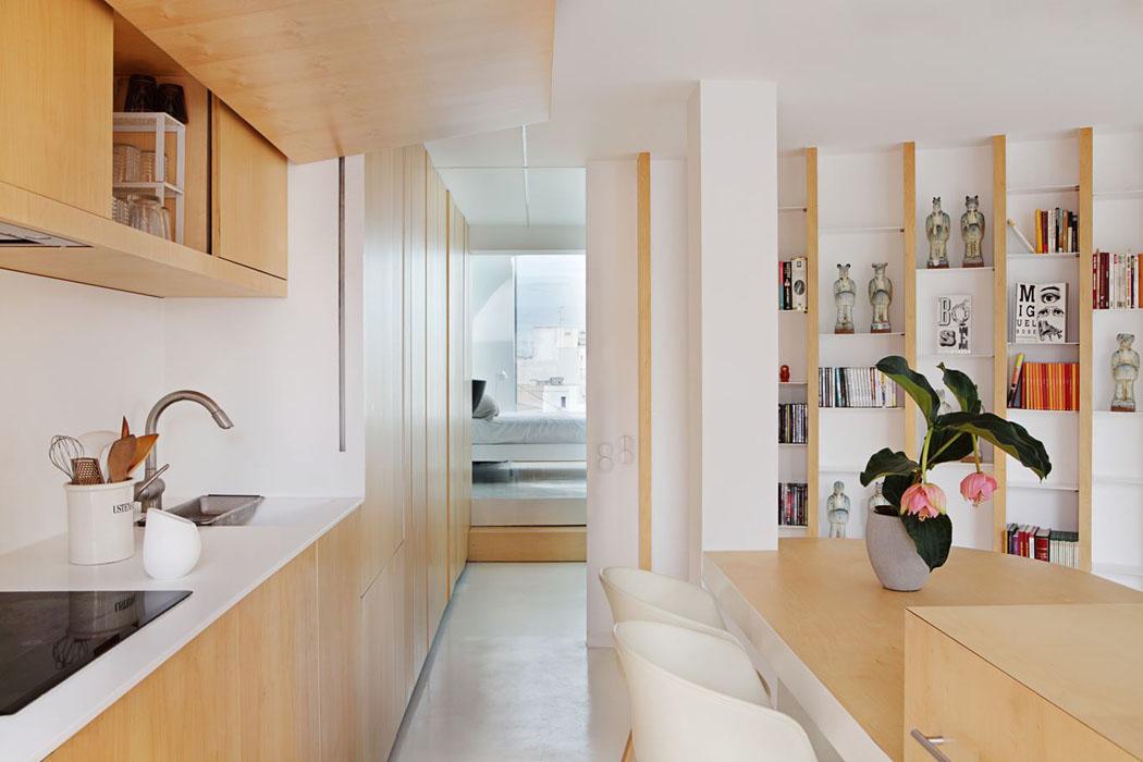 Un appartement moderne valence totalement remis au go t for Cuisine bien amenagee