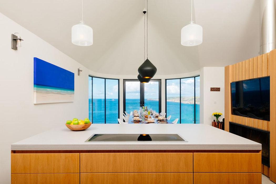 Belle maison location de vacances cornwall avec vue imprenable sur la mer - Cuisine amenagee ouverte ...