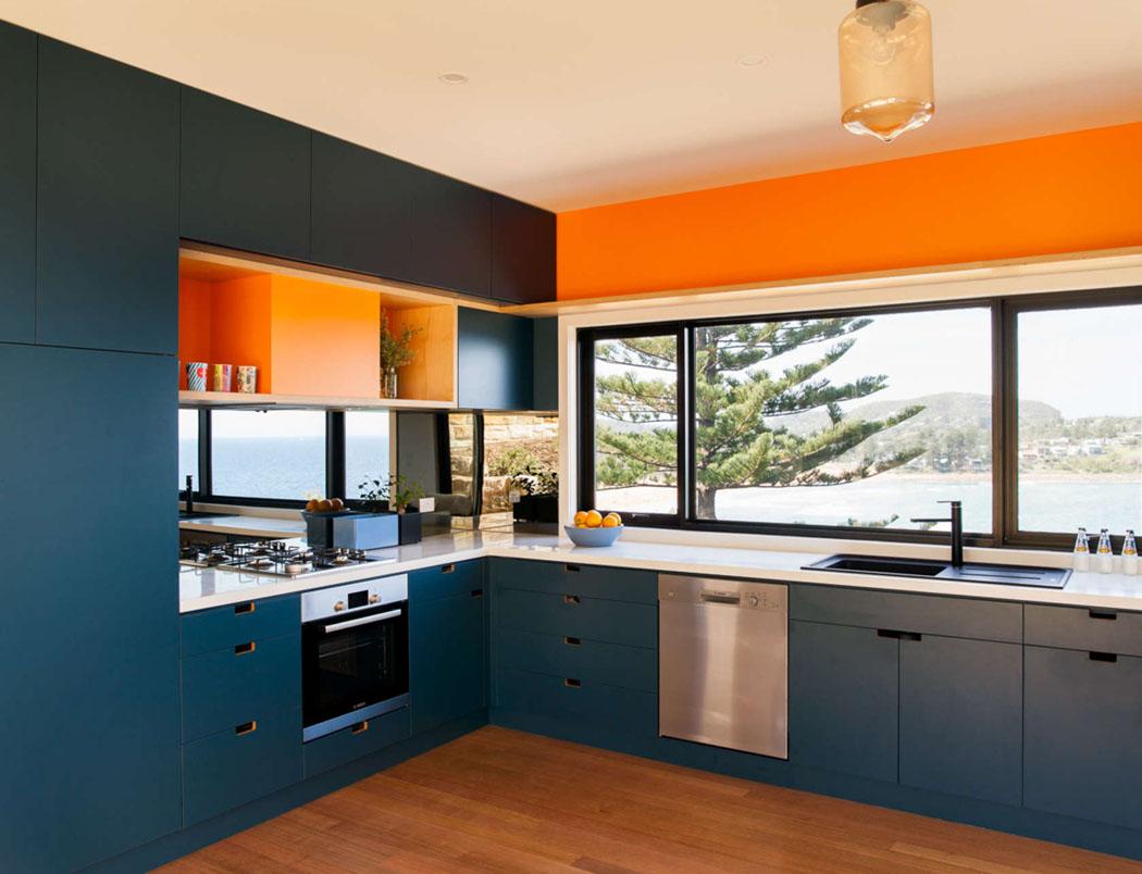Emplacement Cuisine Dans La Maison jolie maison modulaire de plain-pied sur le bord de l'océan