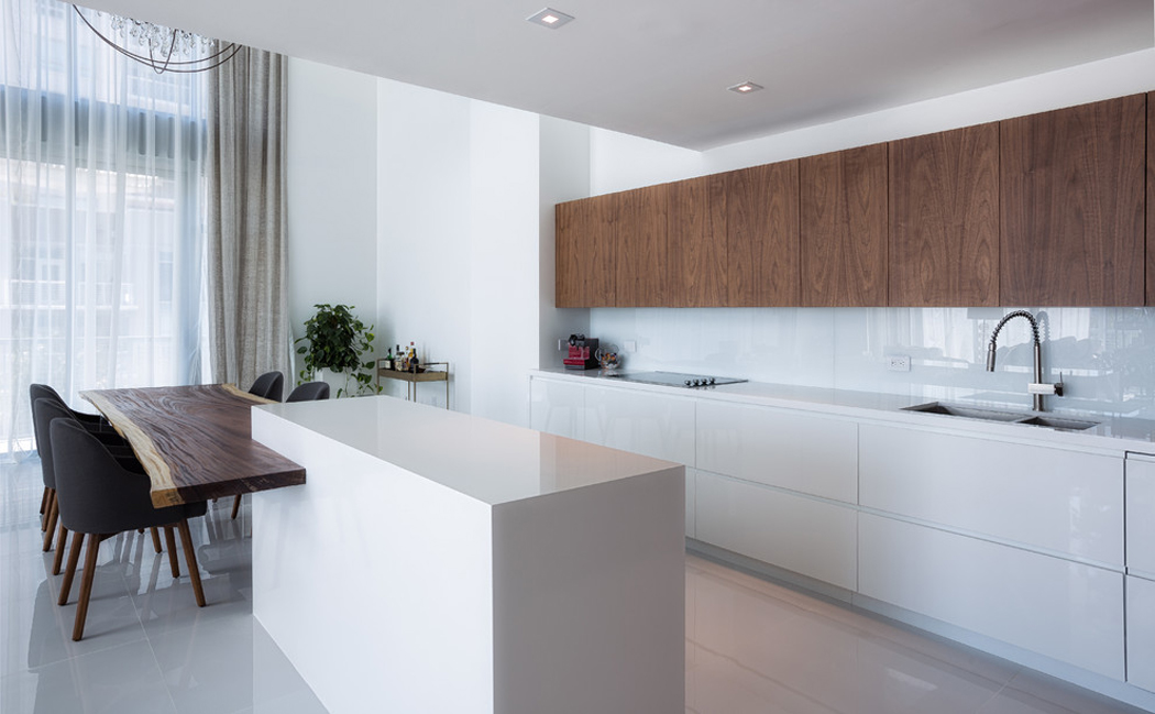 Bel appartement en duplex au design moderne situ miami for Cuisine americaine moderne design