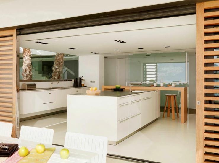 Magnifique villa de vacances grenade espagne vivons for Cuisine ouverte sur terrasse