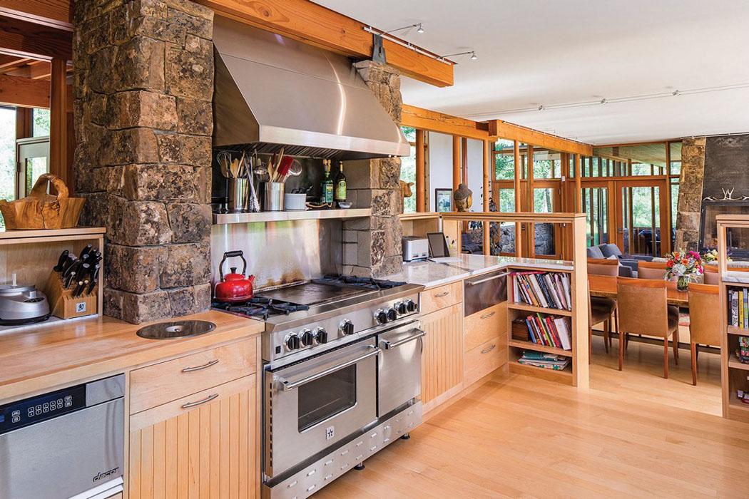 Moderne et accueillante maison en bois au c ur de la montagne de montana vivons maison - Cuisine chalet moderne ...