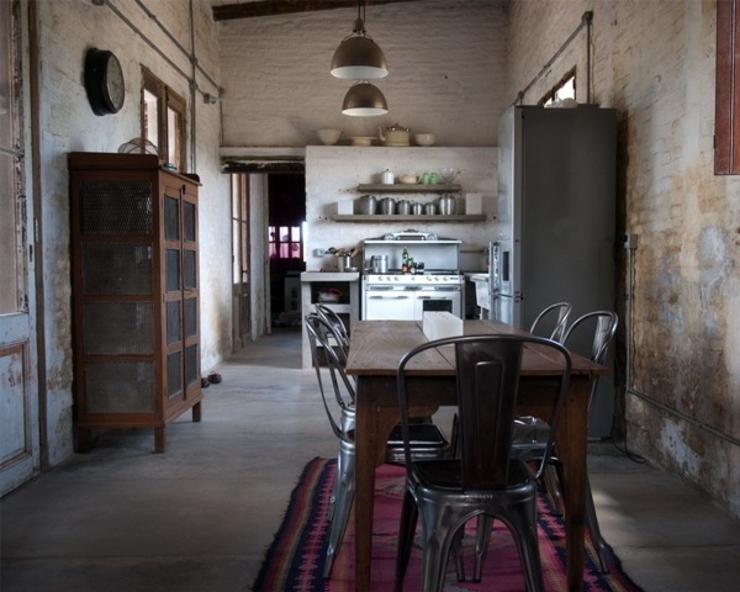 Demeure de charme aux styles multiples uruguay vivons for Cuisine a l ancienne