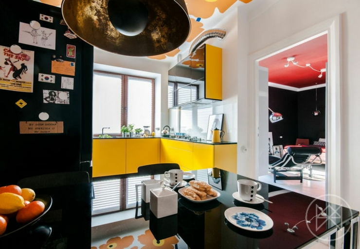 Appartement moderne aux couleurs prononc es varsovie for Deco cuisine annee 60
