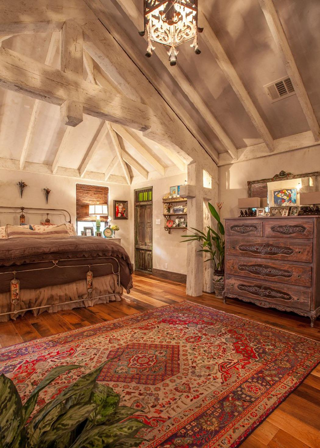 Maison rustique l int rieur en bois et ambiance bien for Site decoration interieur maison