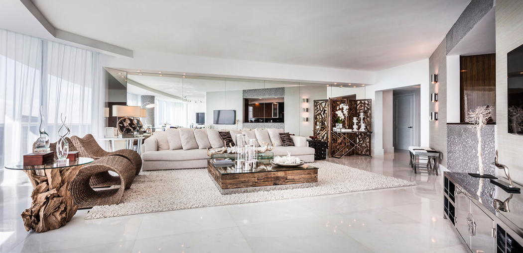 Appartement de luxe avec belle vue sur l'eau situé sur la