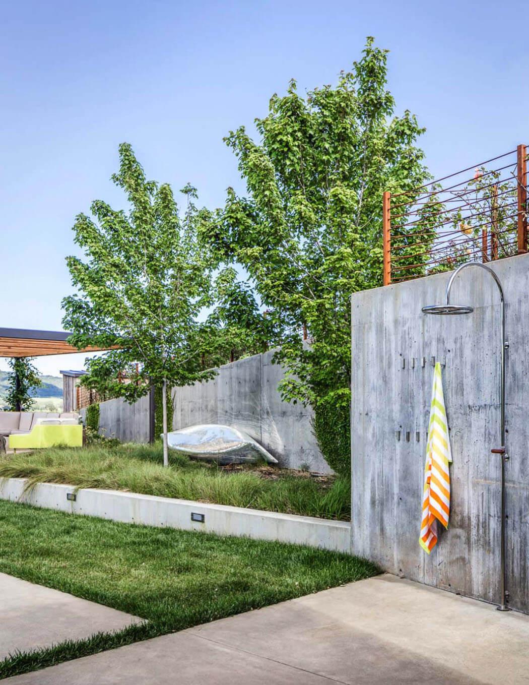 Vivre En Appartement Ou En Maison vivre au cœur des vignobles : maison secondaire moderne et