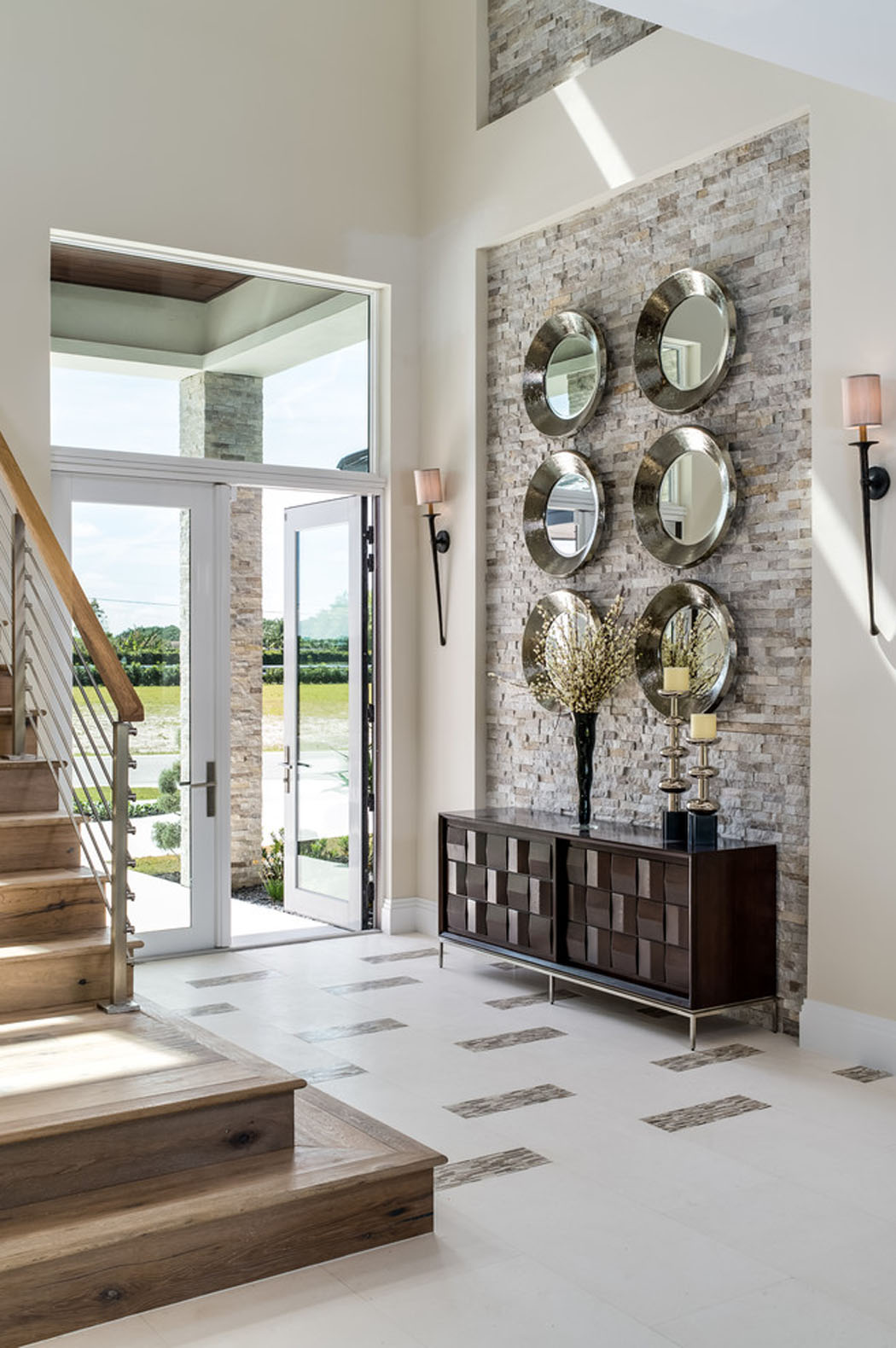 Belle maison de vacances exotiques avec vue sur l eau en for Article decoration interieur