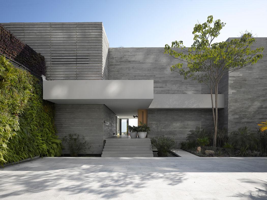 Maison neuve avec vue sur l eau l architecture inspir e des ann es 50 vivons maison - Residence de vacances contemporaine miami ...