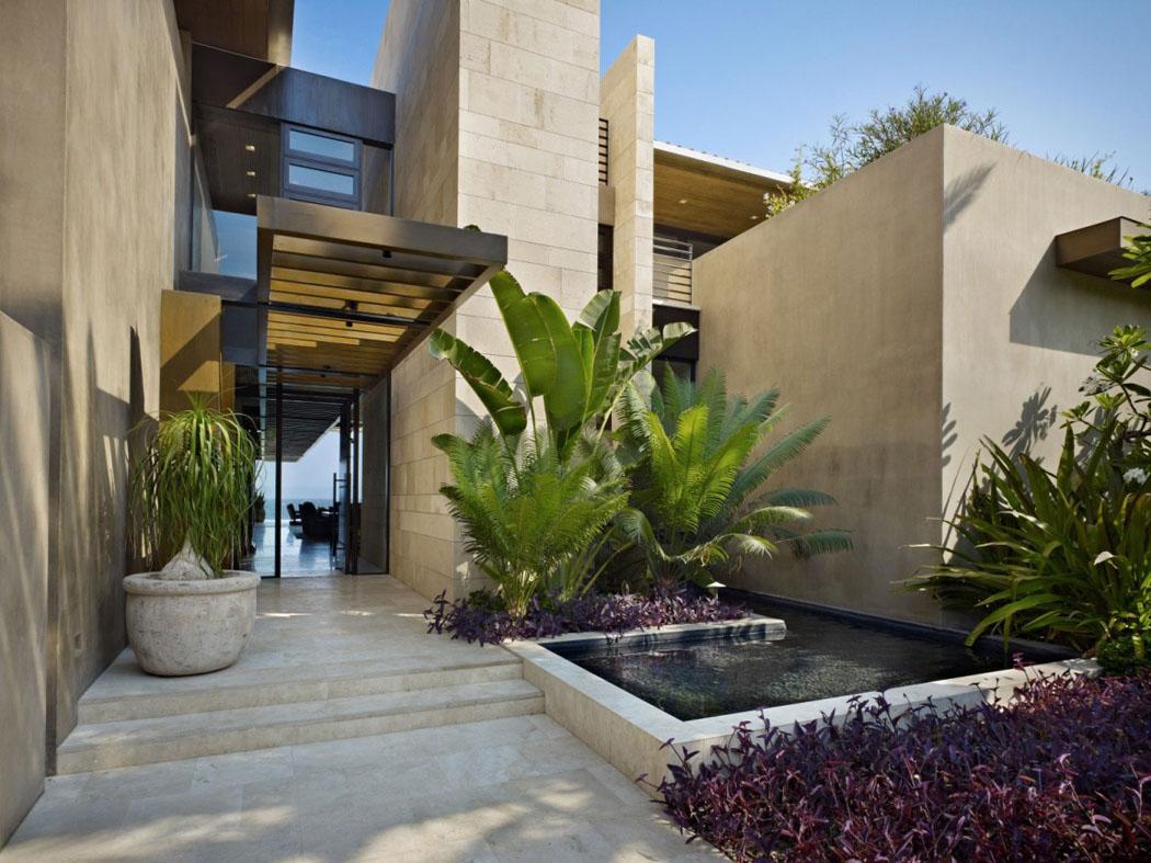 Deco Allee De Maison résidence secondaire à la déco exotique et au design