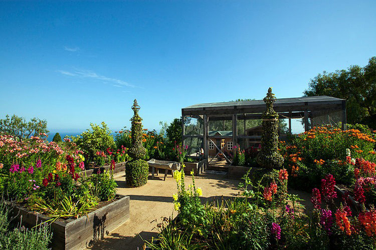 Villa de luxe de style m diterran en malibu vivons maison - Terrasse et jardin fleuri paris ...