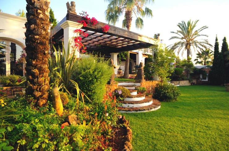 Propri t de luxe pour des vacances exotiques ibiza for La maison du palmier