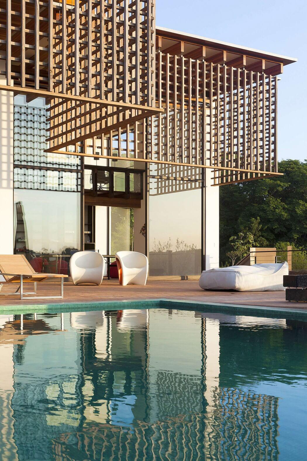 Maison moderne darchitecte - La demeure moderne gb house par mmeb architects ...