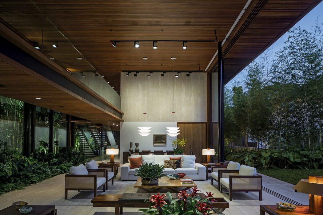 Une Belle Maison Familiale Et Citadine Dans Les Quartiers