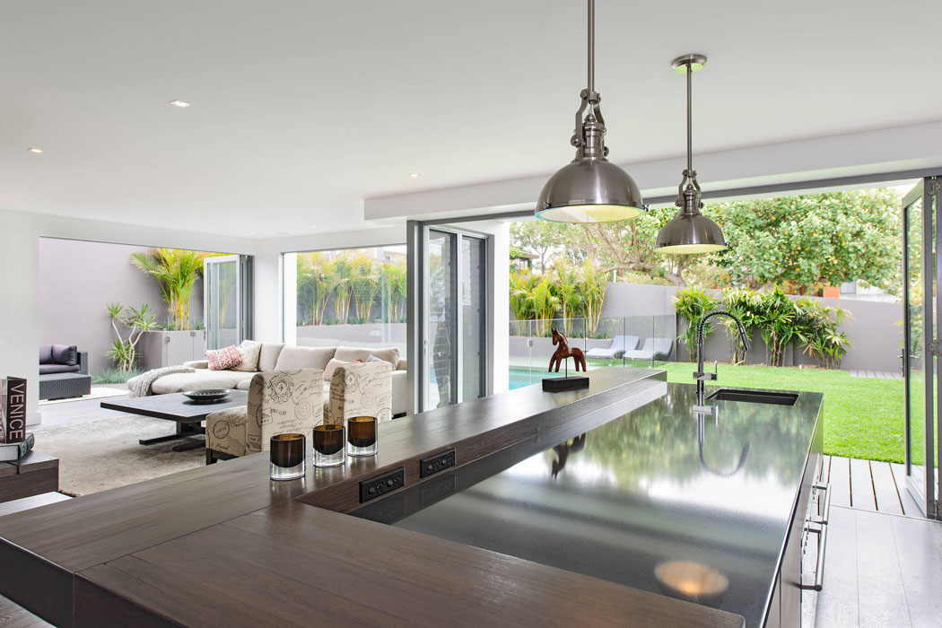 Belle maison design moderne mi chemin entre la ville et - Tres belle maison rustique cotiere californie ...