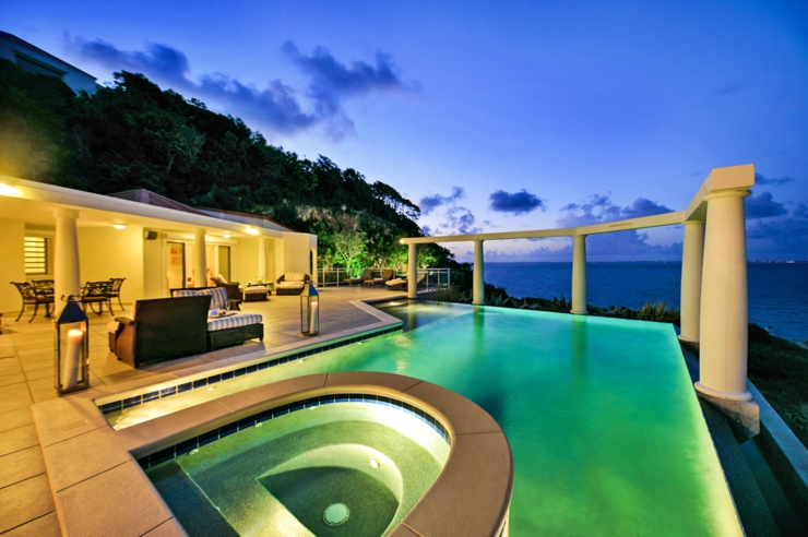 Villa de luxe exotique nid d amour saint martin vivons for Villa pas cher avec piscine