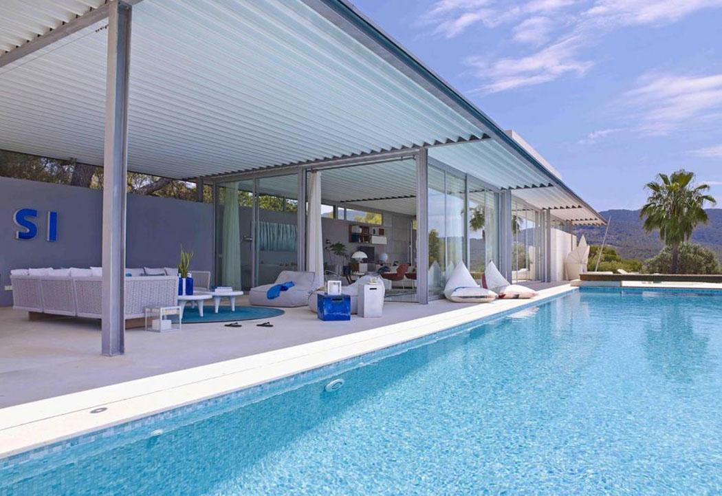 Magnifique maison de vacances moderne situ e ibiza for Piscine luxe