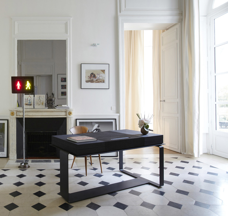 un h tel particulier au c ur de paris affiche un design l gant vivons maison. Black Bedroom Furniture Sets. Home Design Ideas