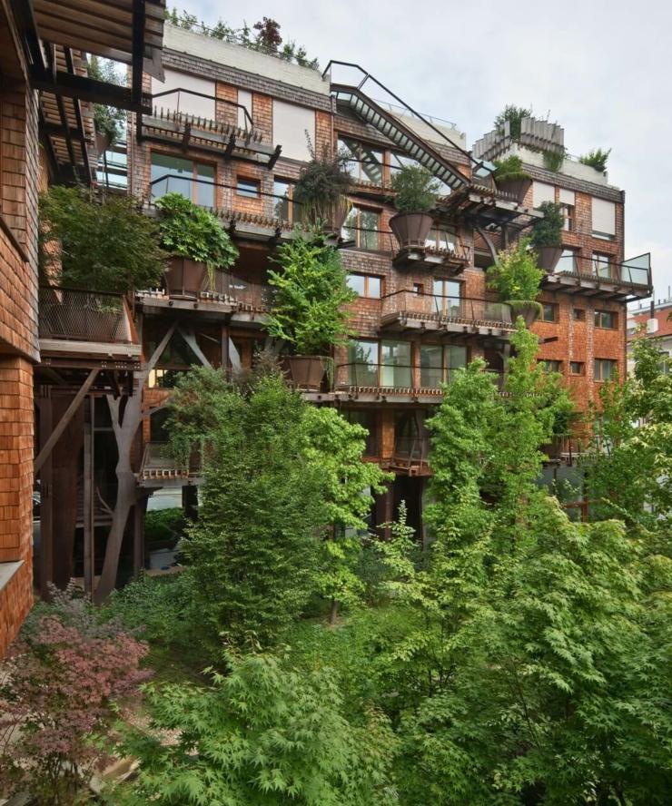 Appartement cologique dans un immeuble vert turin for Design eco casa verde