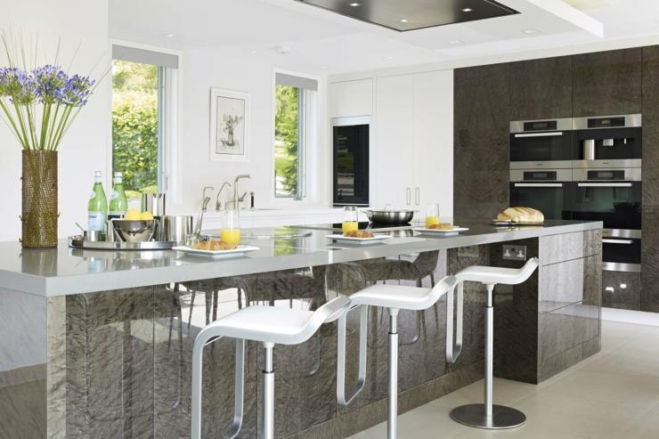 Belle maison de charme en grande bretagne vivons maison - Belles cuisines contemporaines ...