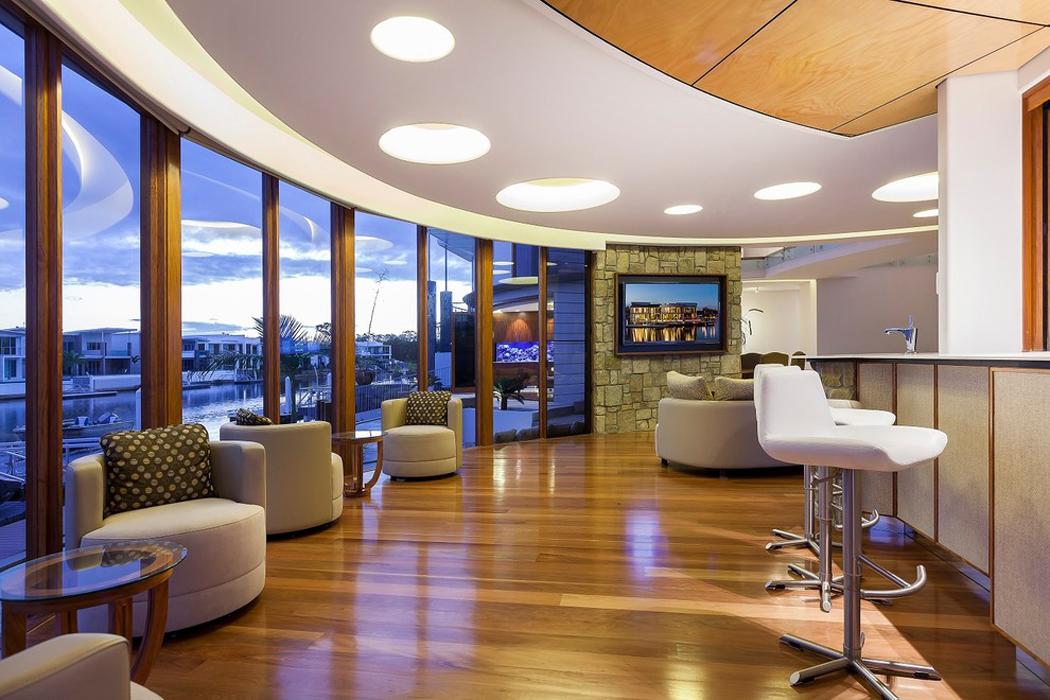 luxueuse et originale maison de vacances sur la c te. Black Bedroom Furniture Sets. Home Design Ideas