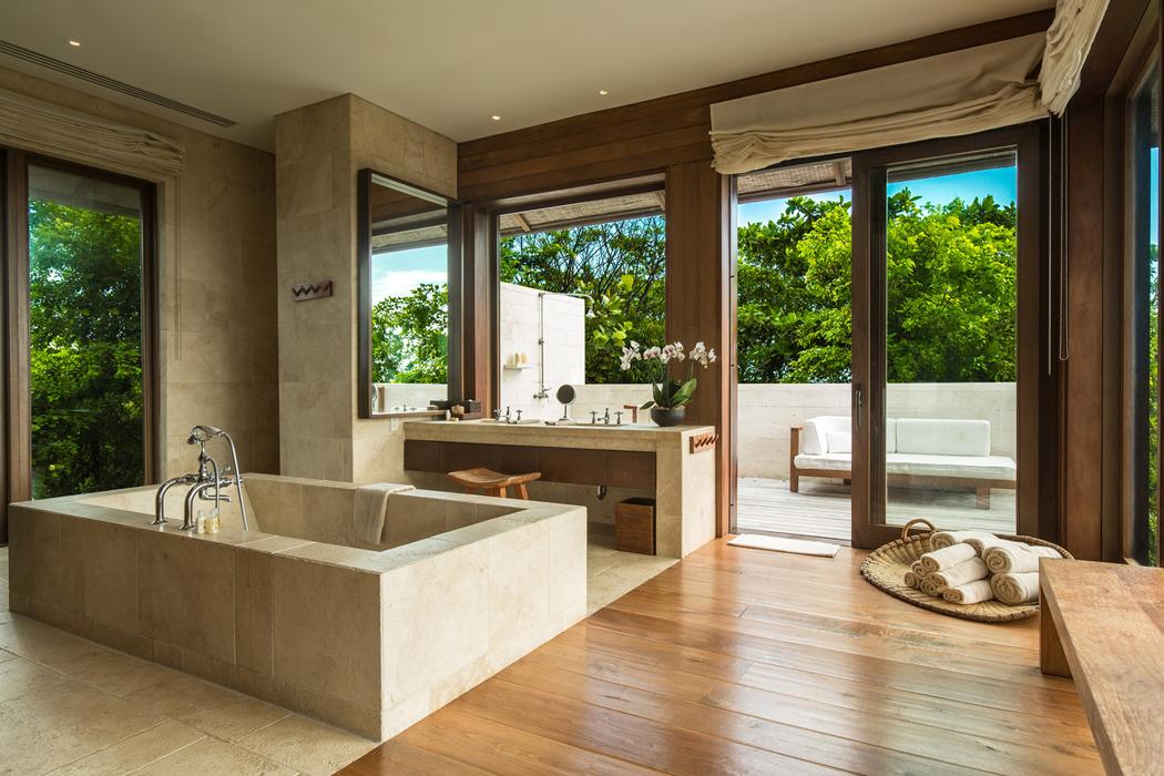 Splendide maison de vacances de Donna Karan sur les Îles Turques-et ...