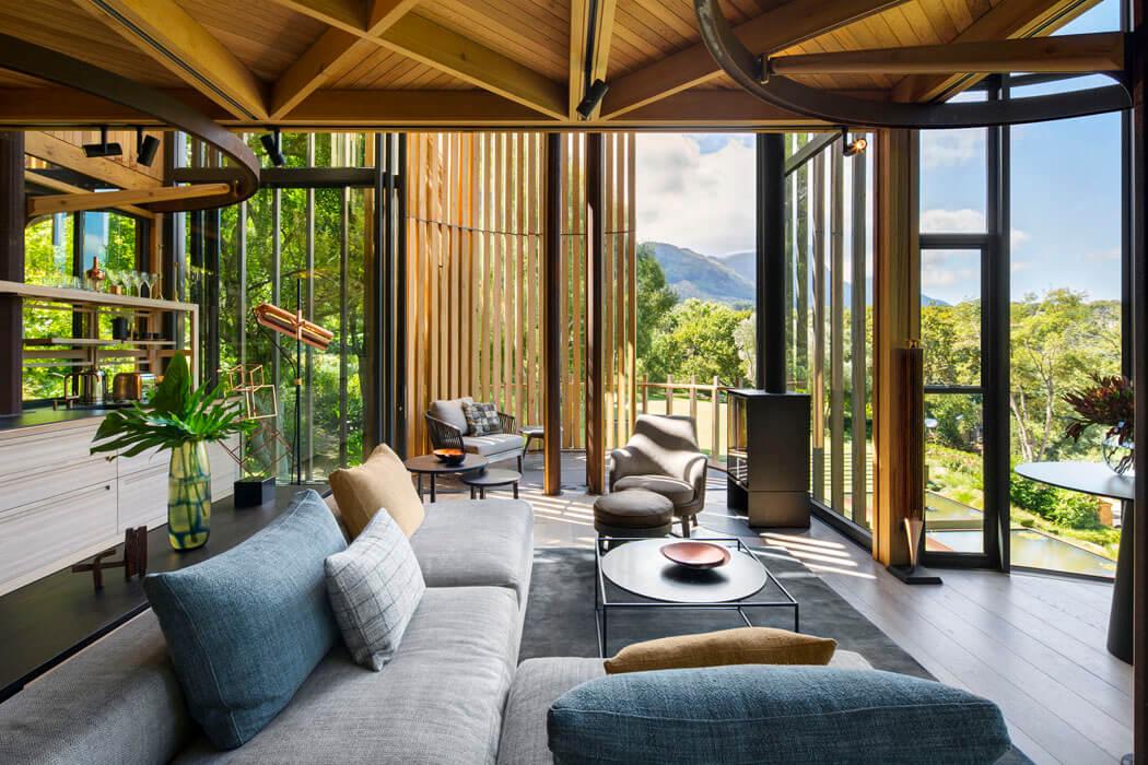 Maison originale inspir e par la cabane dans les arbres - La demeure moderne gb house par mmeb architects ...
