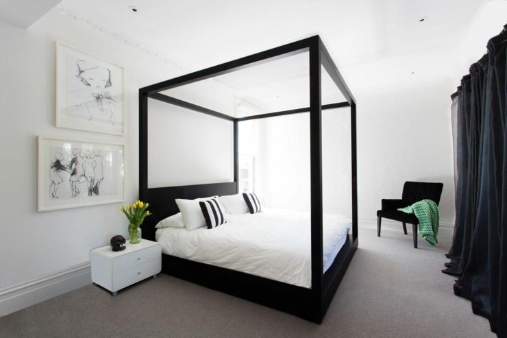 Maison de ville au design int rieur luxe melbourne australie vivons maison for Lit baldaquin luxe