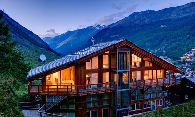 Ce chalet julien heinz zermatt une location de for Maison luxe suisse