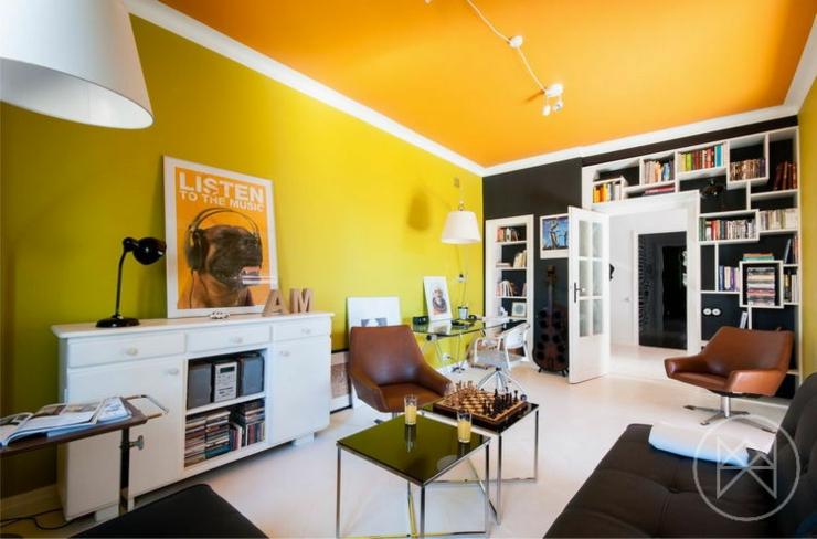 Bien Couleur Appartement Moderne #5: Couleurs Vives, Mobilier Un Brin Retro Et Contraste Souligné